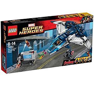 Läs mer om LEGO The Avengers Quinjet City Chase 76032