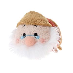 Läs mer om Doc Tsum Tsum Mini Soft Toy