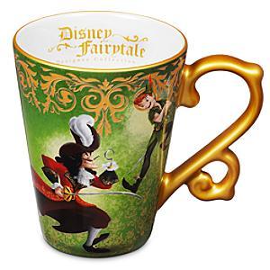 Läs mer om Peter Pan och Kapten Krok mugg, Disney Fairytale Designer Collection