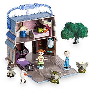 Läs mer om Elsa-lekset i miniatyr, Disney Animators' Little Collection