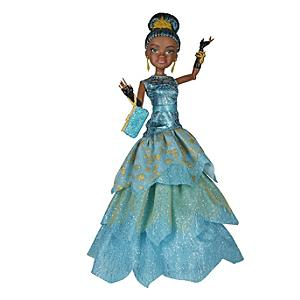 Läs mer om Uma docka i en serie inspirerad av den kungliga jakten Cotillion