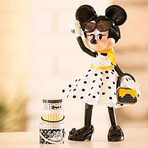 Läs mer om Minnie Mouse Signature-docka, begränsad upplaga