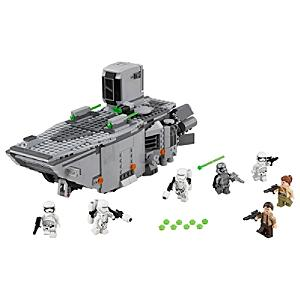 Läs mer om LEGO Star Wars First Order Transporter 75103