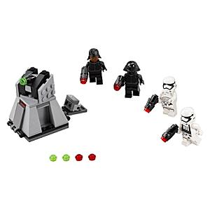 Läs mer om LEGO First Order Battle Pack 75132, Star Wars: The Force Awakens