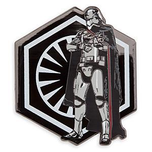 Läs mer om Star Wars: The Force Awakens Captain Phasma pin i begränsad upplaga