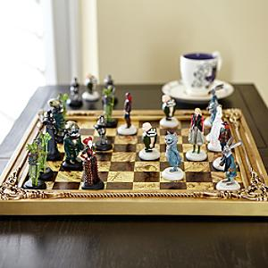 alice-through-the-looking-glass-edition-deluxe-chess-set