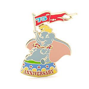 Läs mer om Dumbo 75-årsjubileum pin i begränsad upplaga