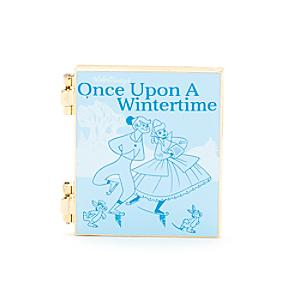 Läs mer om Once Upon A Wintertime-nål, Disney Storybook Classics Collection