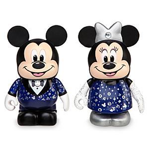 Läs mer om Disney Stores 30-årsjubileum, Musse och Mimmi Pigg vinylfigurer