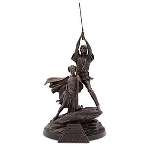 Läs mer om Statyett i begränsad upplaga föreställande Luke Skywalker och prinsessan Leia, Star Wars 40-årsjubileum