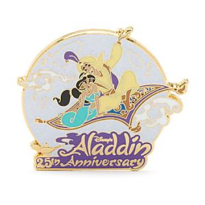 Läs mer om Aladdin 25-årsjubileum pin i begränsad upplaga