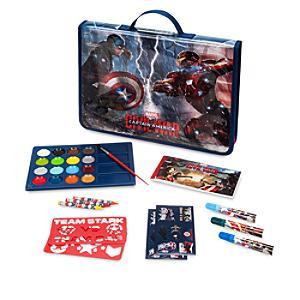 Läs mer om Captain America: Civil War pennfodral med pennor