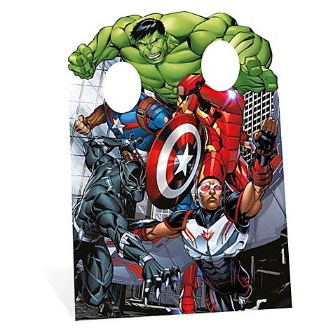 Silhouette Avengers debout