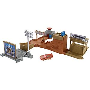 Disney Pixar Cars 3 Thunder Hollow Track Set - Track Gifts