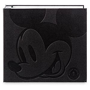 Mickey Mouse Memories Pin Collector Book