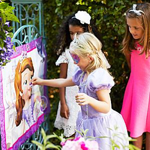 Sofia The First Pin the Amulet Game - Sofia The First Gifts